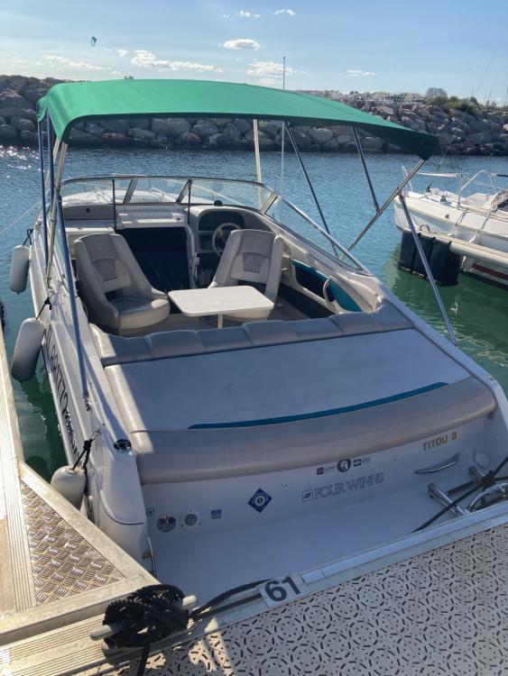 Rental Motorboat in La Grande-Motte - Four Winns Sundowner 225