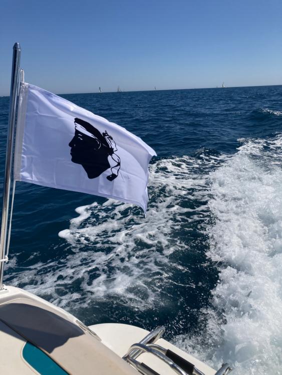 Rental yacht La Grande-Motte - Four Winns Sundowner 225 on SamBoat