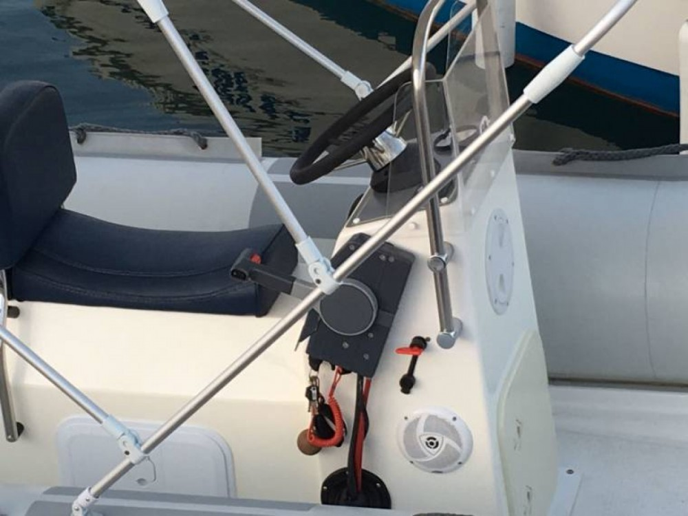 Hire RIB with or without skipper Dipol Barcelona