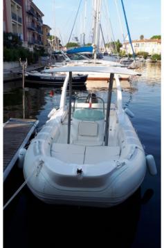 Boat rental Port Grimaud cheap 680