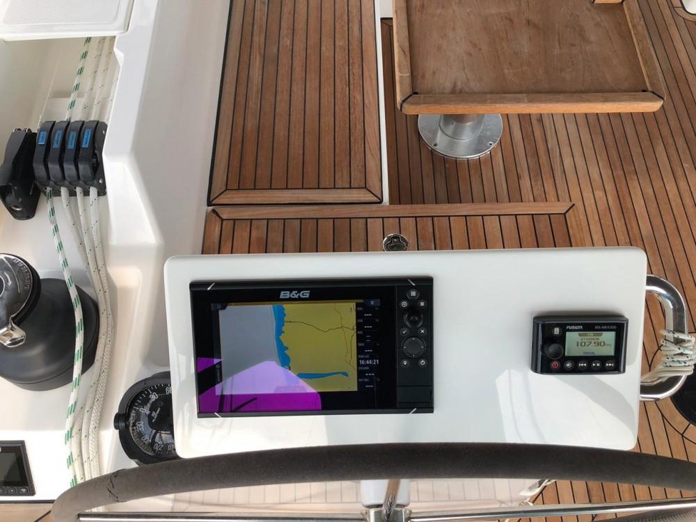 Boat rental  cheap Bavaria C50 Style - 5 cab.