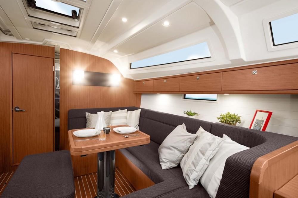 Bavaria Bavaria Cruiser 41S between personal and professional Pirovac