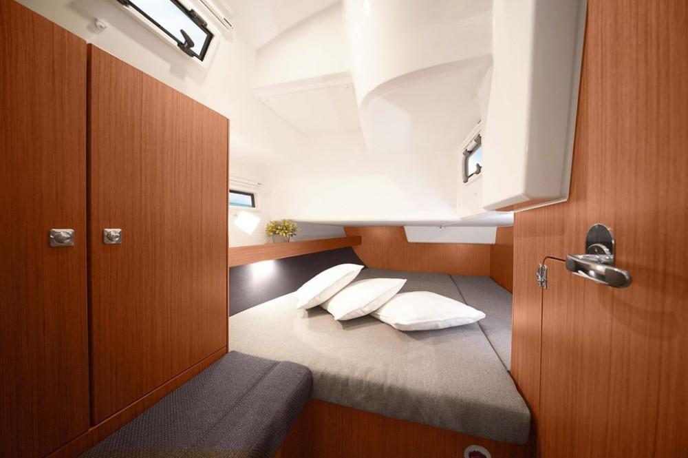 Boat rental  cheap Bavaria Cruiser 41S