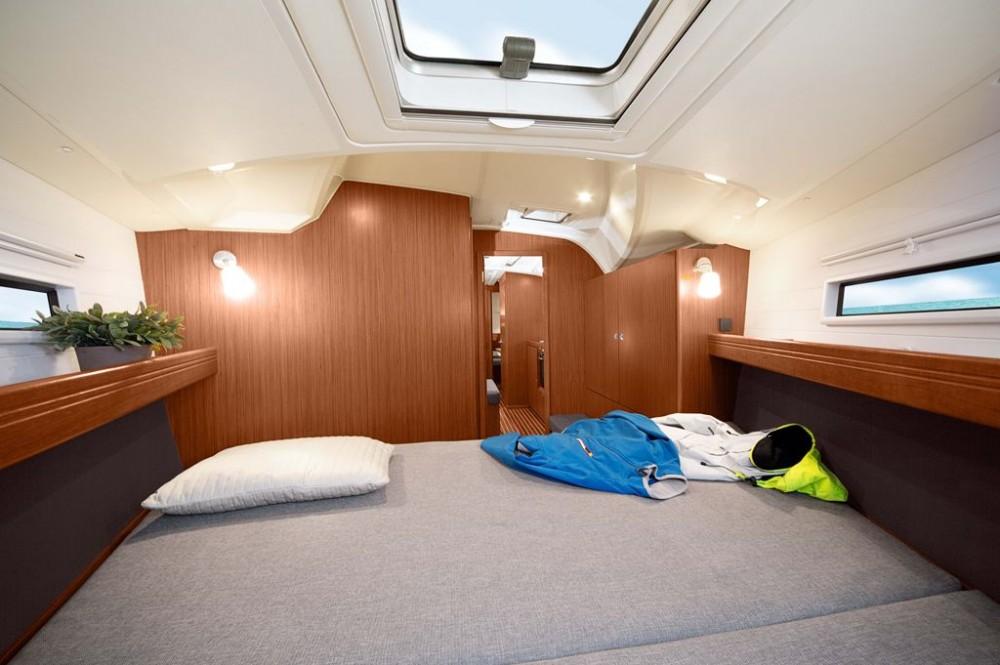 Rental Sailboat in  - Bavaria Bavaria Cruiser 41S