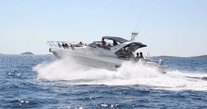 Rental Motorboat Cranchi with a permit