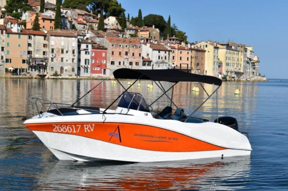 Rental Motorboat in Rovinj - Okiboats Barracuda 545 Open