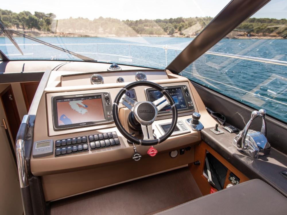 Boat rental Šibenik cheap Prestige 550S