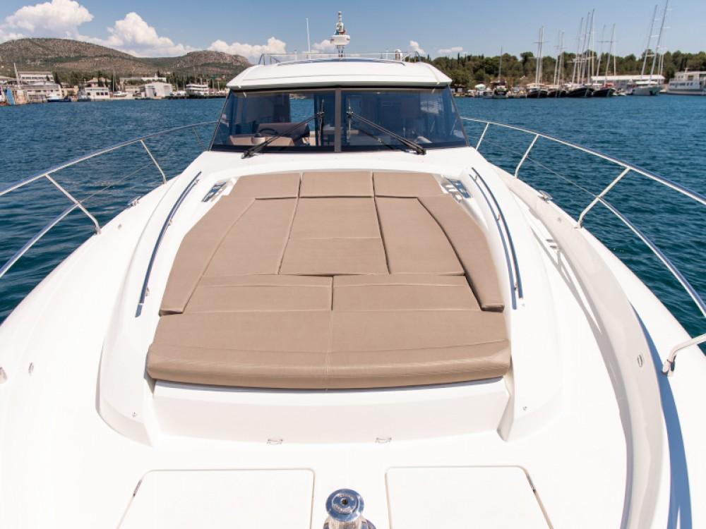Boat rental Jeanneau Prestige 550S in Šibenik on Samboat