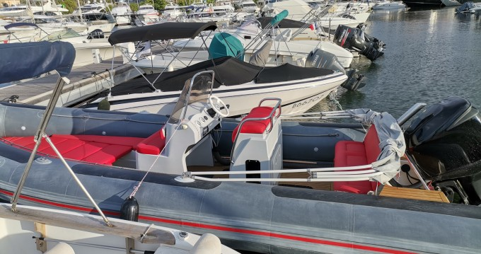 Hire RIB with or without skipper Valiant Saint-Pierre-Quiberon