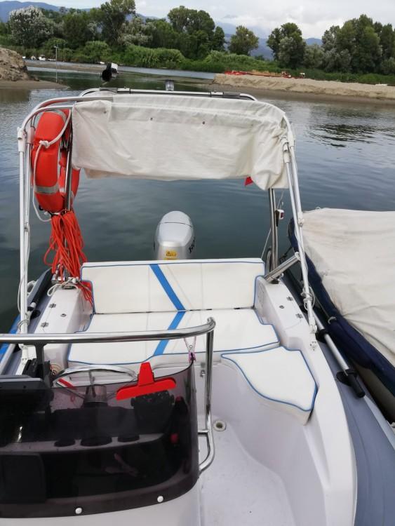 Boat rental Rapallo cheap Sacs S 475
