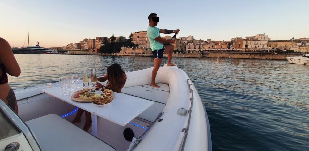 Boat rental Siracusa cheap Clubman 26