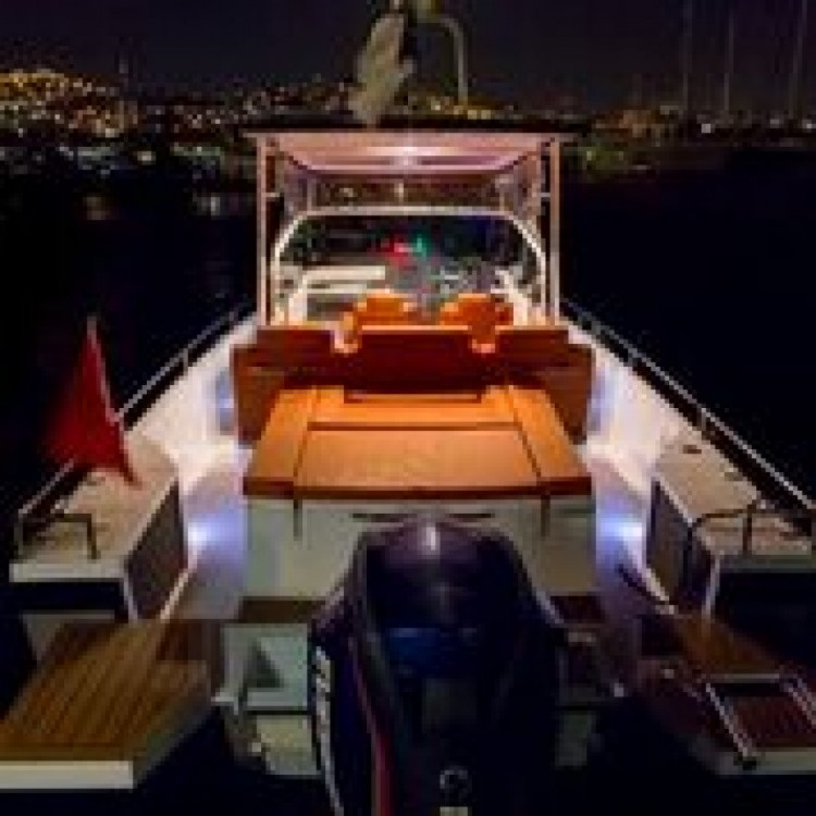 Motorboat for rent Furnari at the best price