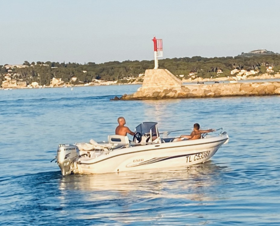 Hire Motorboat with or without skipper Ranieri Bandol