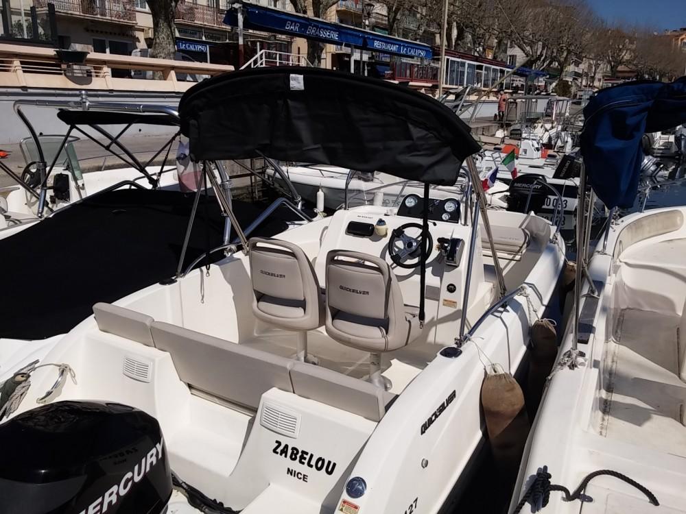 Rental Motorboat in Antibes - Quicksilver Activ 535 Open