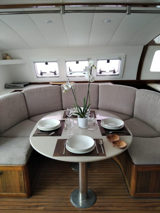 Fountaine Pajot Fountaine Pajot Marquise 56 between personal and professional Balearic Islands