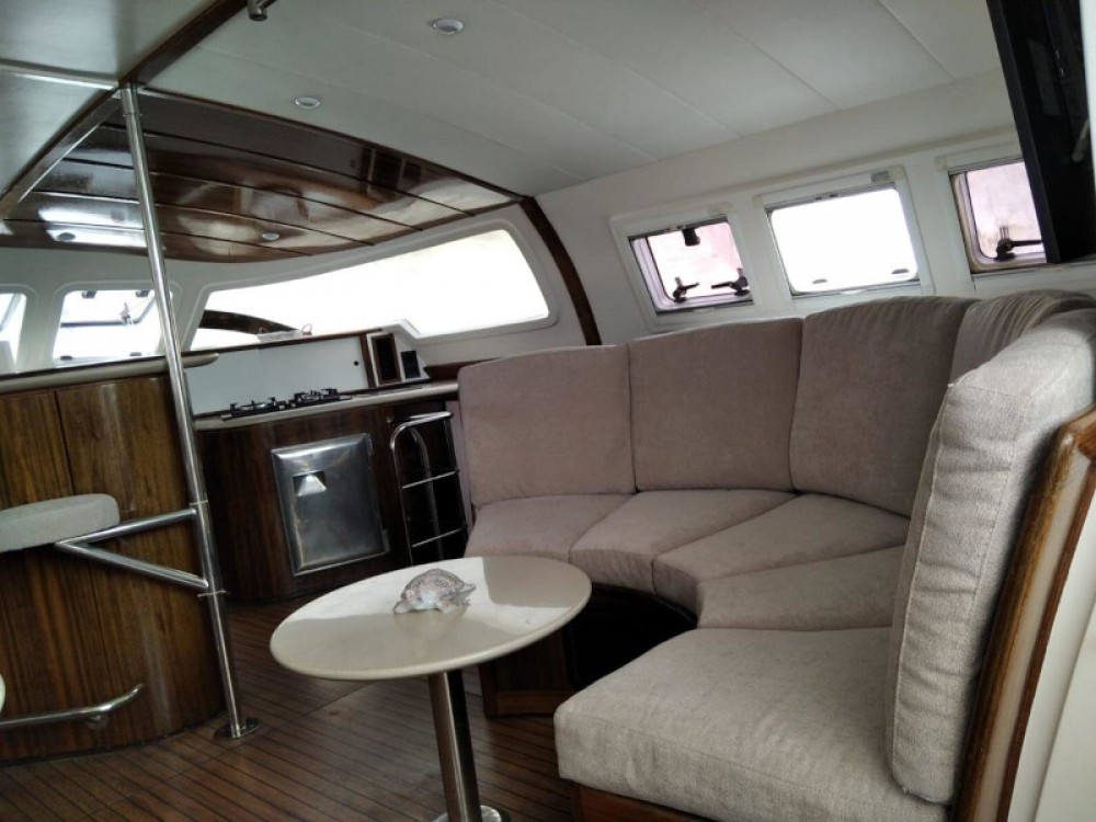 Rental yacht Gavà - Fountaine Pajot Marquises 56 on SamBoat