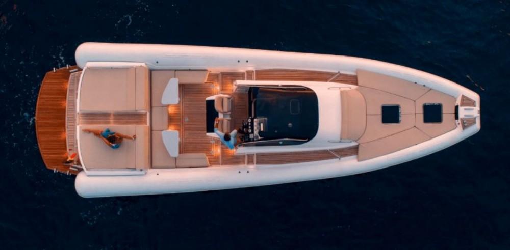 Rental yacht  - Magazzu MX 13 on SamBoat