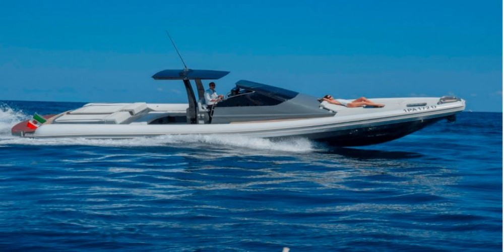 Rental Motorboat Magazzu with a permit