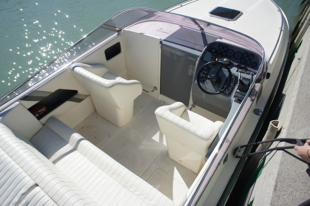 Motorboat for rent Lignano Sabbiadoro at the best price