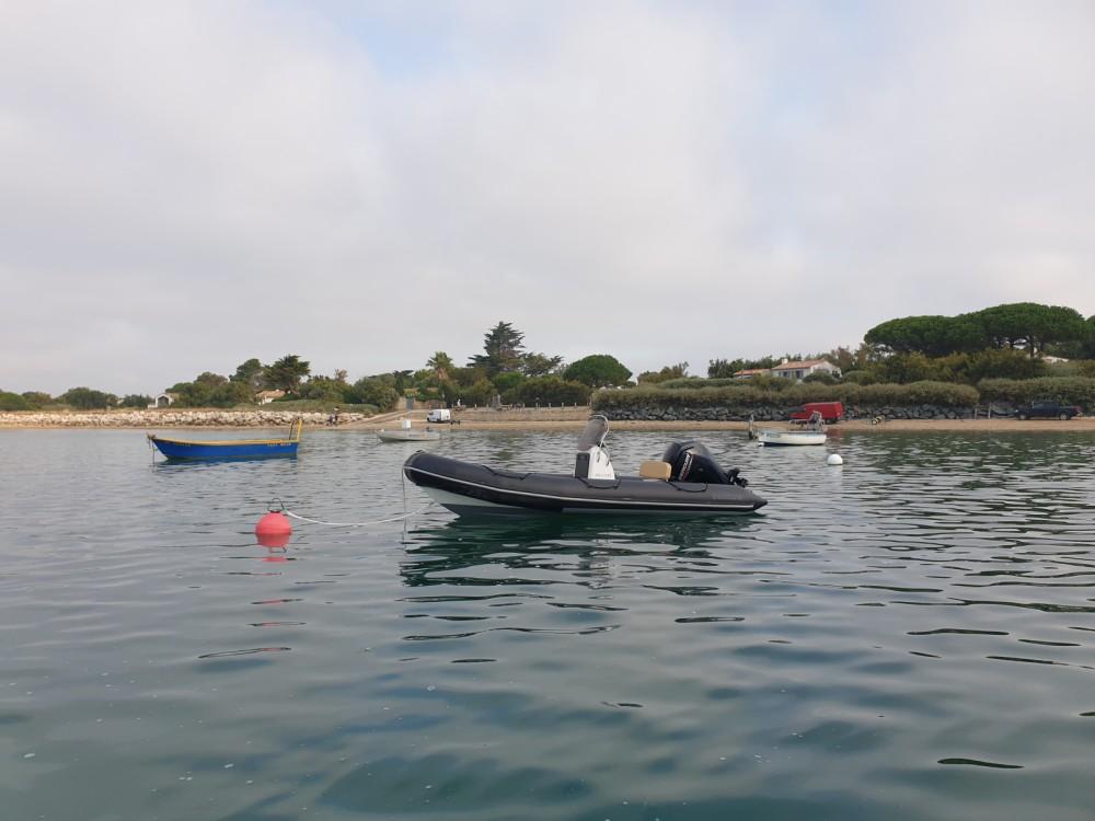 Bombard Sunrider 550 between personal and professional La Flotte
