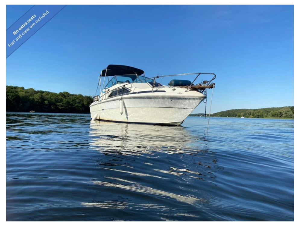 Boat rental Berlin cheap Sea Ray 245 Sundancer