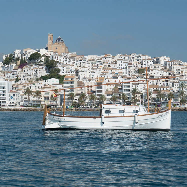 Boat rental Albatros Llaut in Altea on Samboat