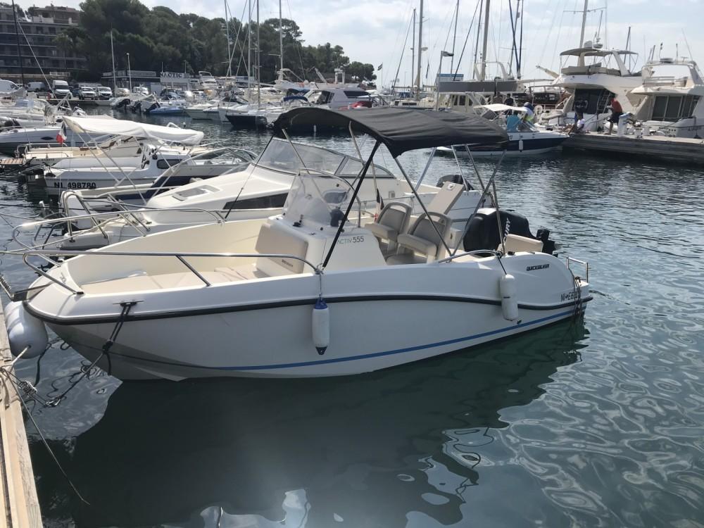 Boat rental Quicksilver Activ 555 Open in Fréjus on Samboat
