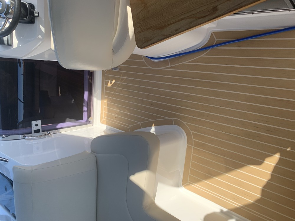 Boat rental Bavaria Bavaria S29+ in Croatia on Samboat
