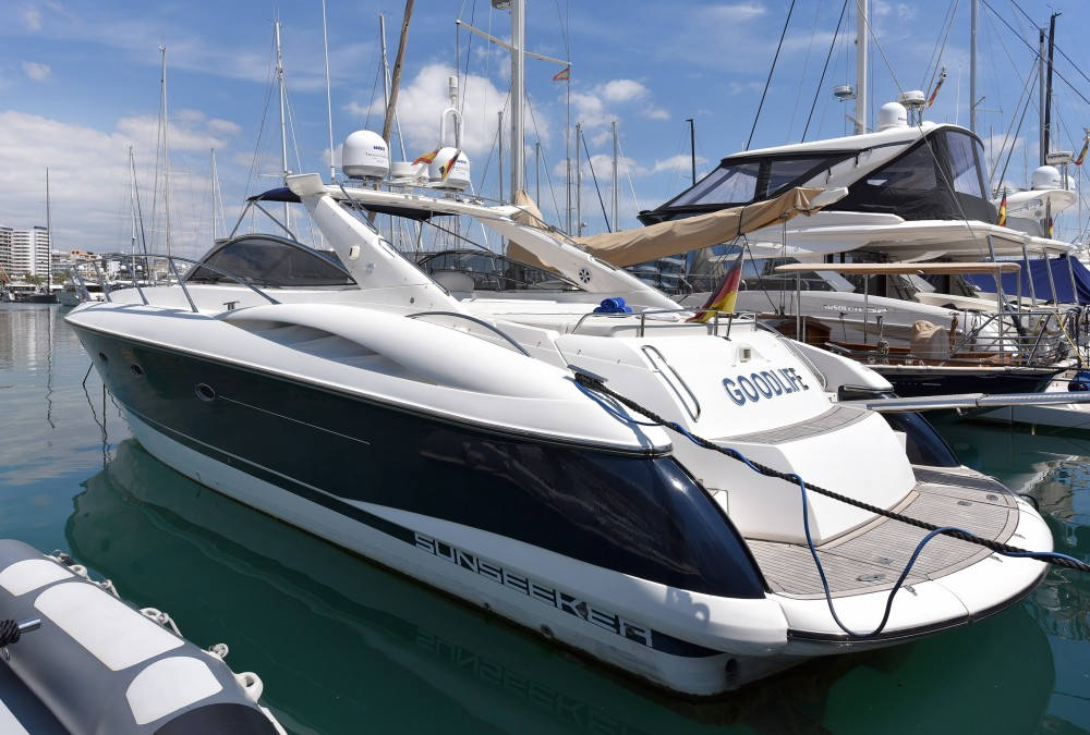 Hire Motorboat with or without skipper Sunseeker Palma