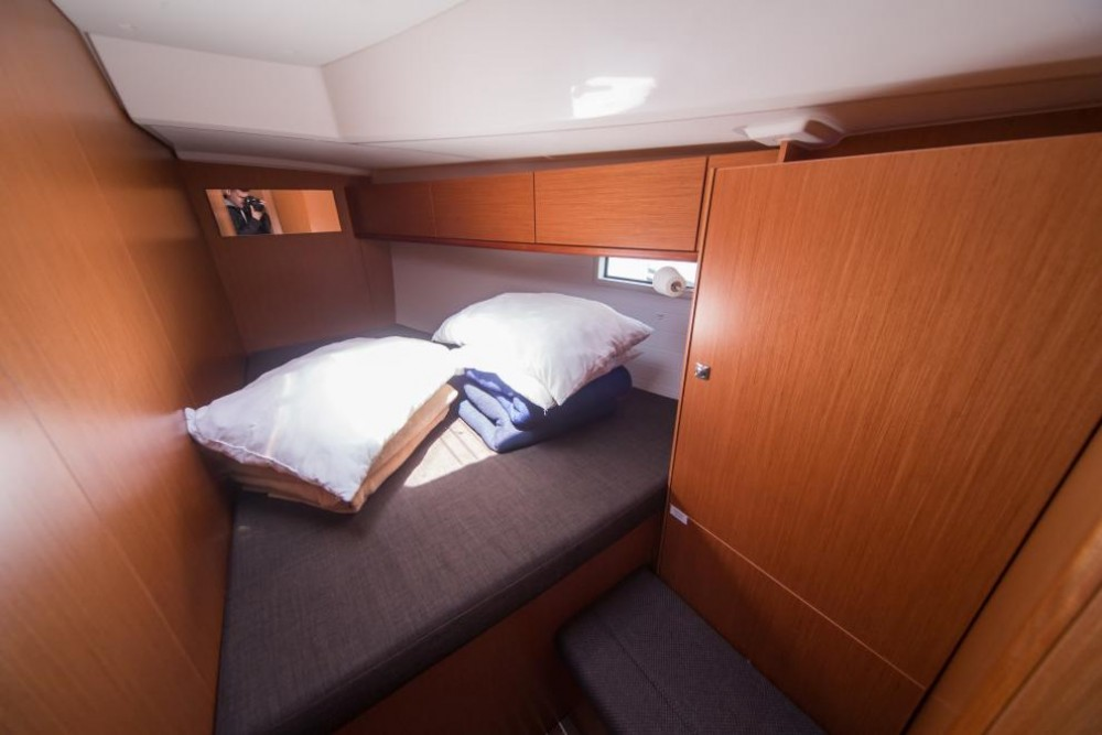 Boat rental Bavaria Bavaria Cruiser 46 in Cos on Samboat