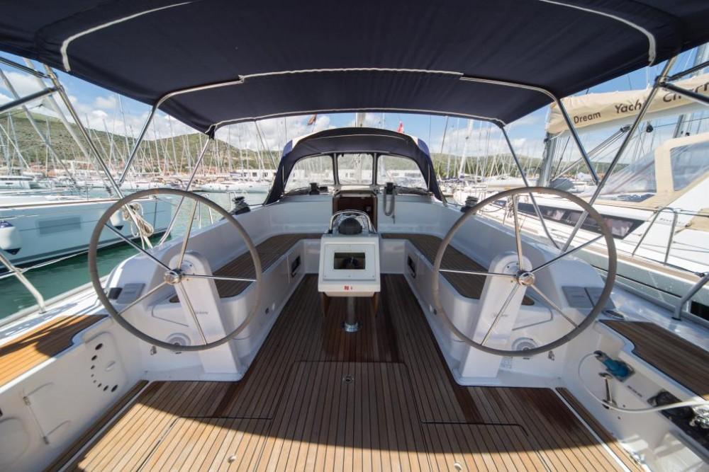 Bavaria Bavaria Cruiser 46 between personal and professional Cos