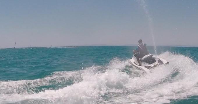 Hire Jet Ski with or without skipper Yamaha Le Grau-du-Roi