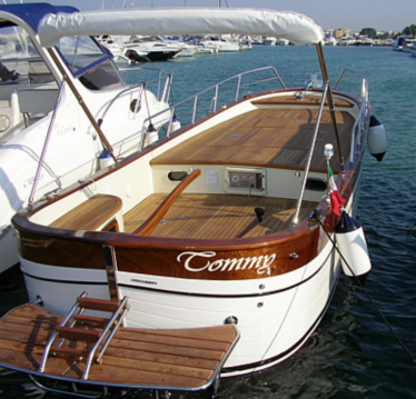 Rental Motorboat in Otranto - Gozzo Latino Latino 6.80