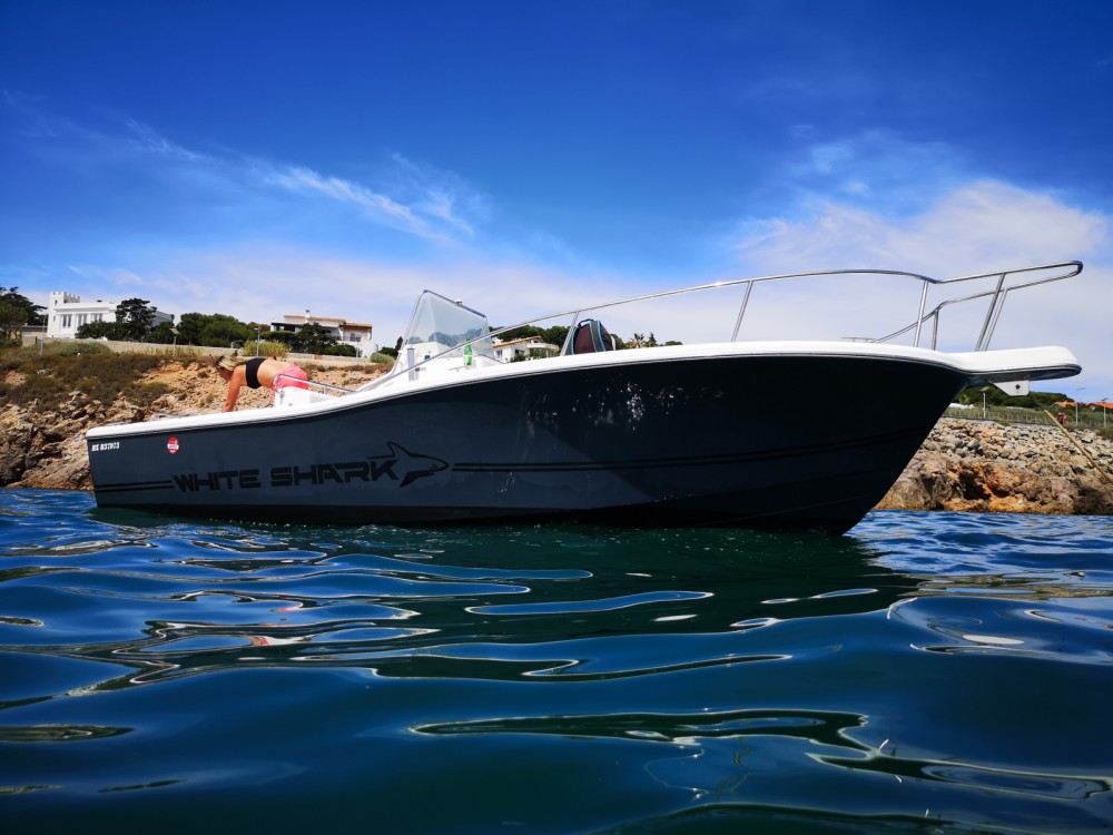 Boat rental Kelt White shark 225 in Sète on Samboat