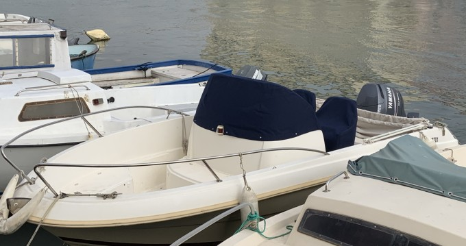 Hire Motorboat with or without skipper Jeanneau Sète