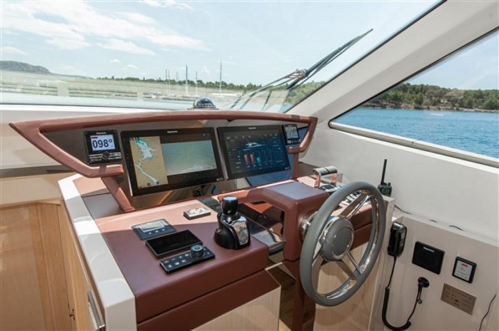 Rent a Bénéteau Monte Carlo Yacht 66 Šibenik