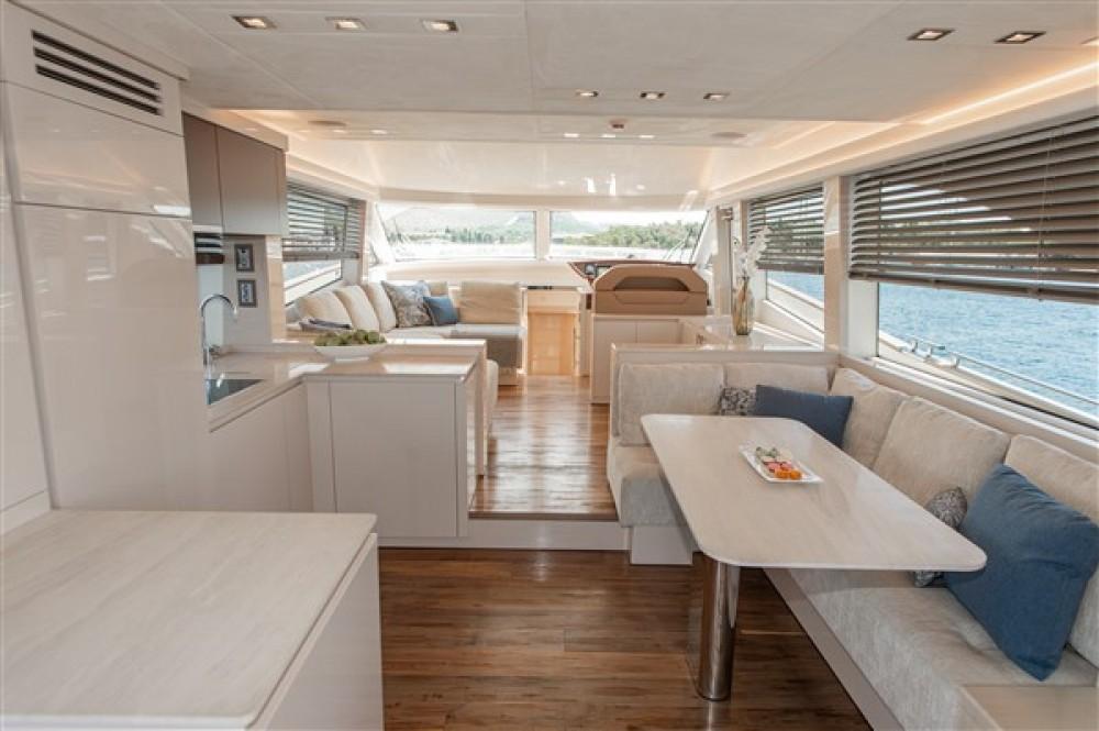 Rental Yacht Bénéteau with a permit