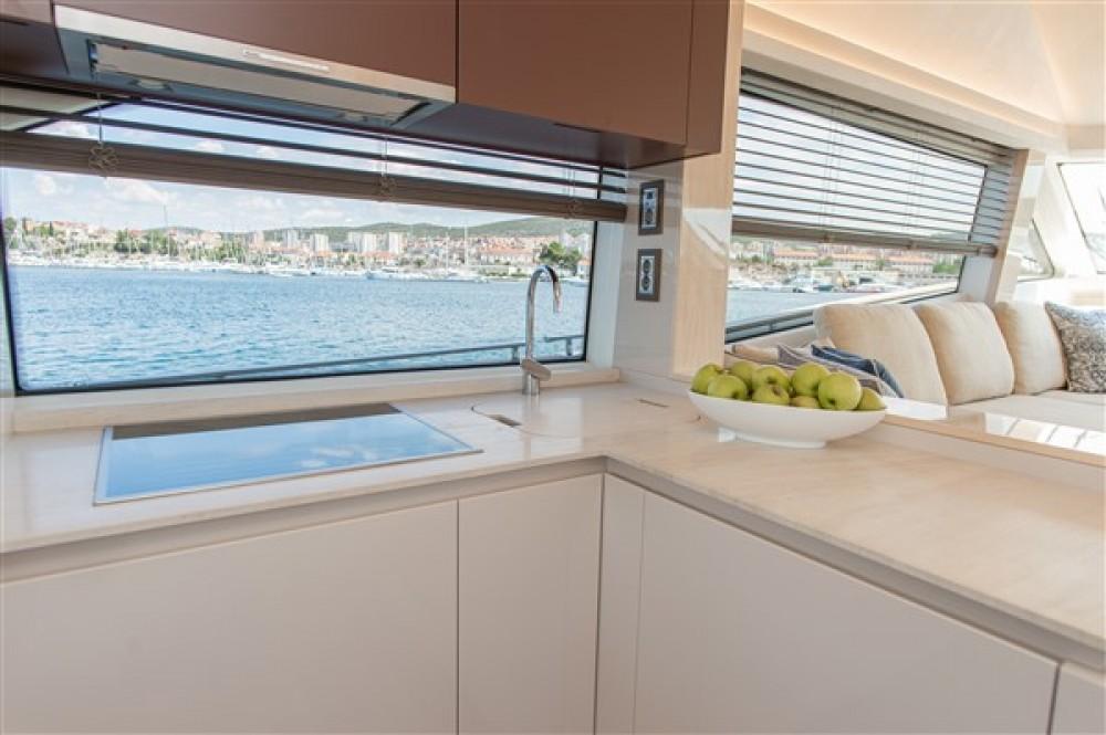 Boat rental Bénéteau Monte Carlo Yacht 66 in Šibenik on Samboat