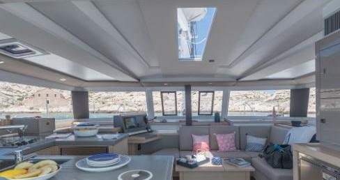 Catamaran for rent Saint Thomas at the best price