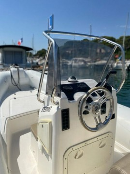 Boat rental Capelli Tempest 626 Limited in Sarzeau on Samboat