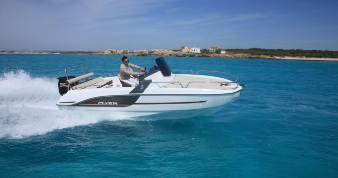 Hire Motorboat with or without skipper Bénéteau Le Barcarès