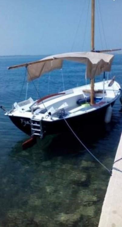Rental yacht Split - Barracuda Barracuda 590  on SamBoat
