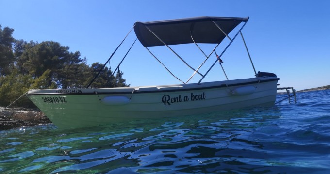 Rental Motorboat SPORT MARE with a permit