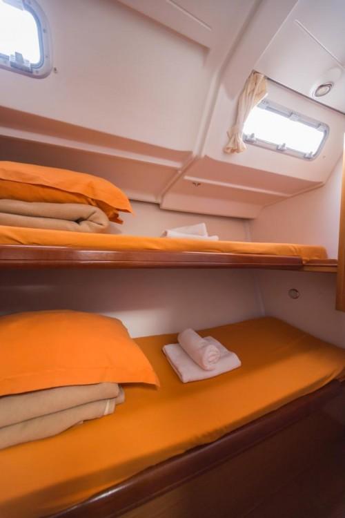 Rental Sailboat in Šibenik - Bénéteau Cyclades 50.5
