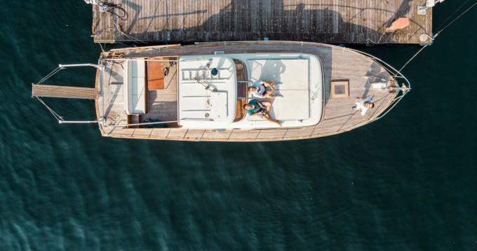Rental yacht Como - Picchiotti Giglio  on SamBoat