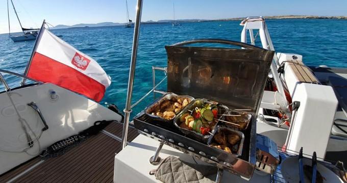 Rental Catamaran in Eden Island - Fountaine Pajot Saba 50