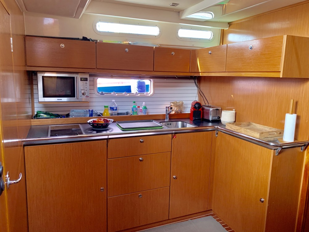 Rental yacht Grimaud - Bavaria Bavaria 46 Deep Blue Open on SamBoat