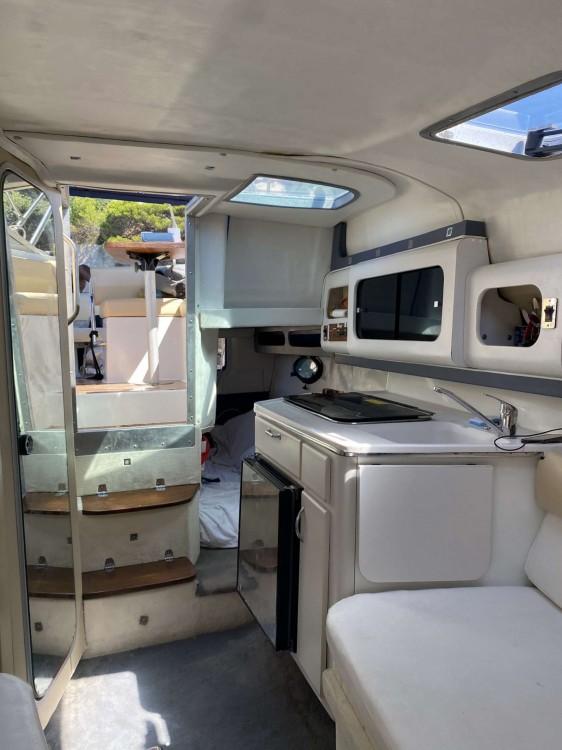 Rental yacht Mandelieu-la-Napoule - Doral Prestancia 255 MC on SamBoat