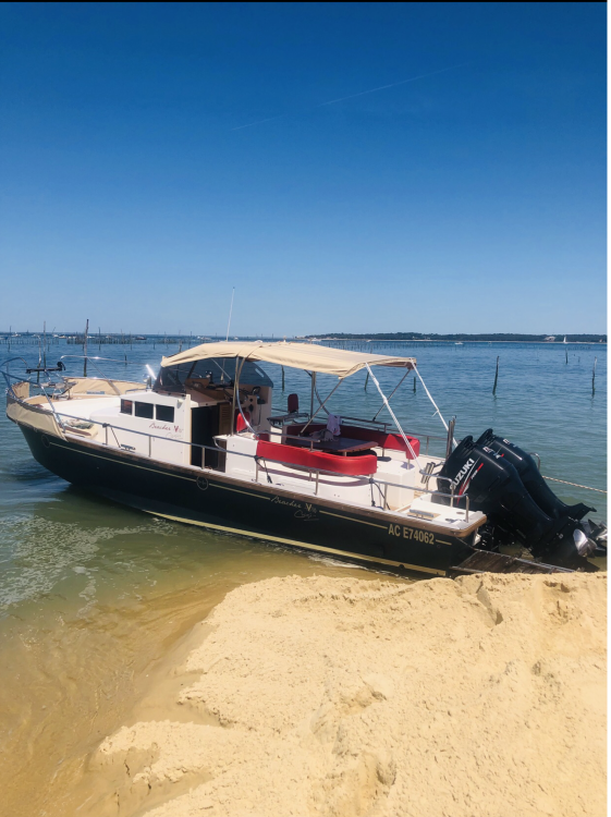Boat rental Arcachon cheap Beacher V10 Croisière