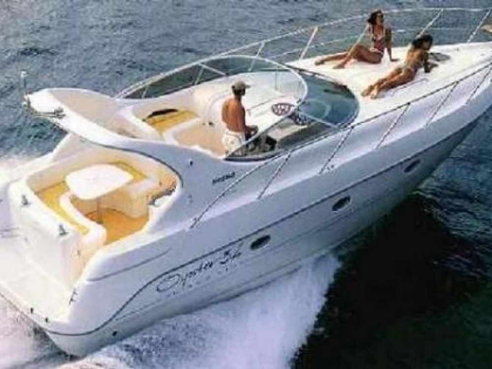 Rental Motorboat in Antibes - Sessa Marine Oyster 35